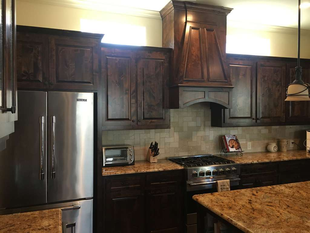 1-Before-Hugo-Place-Condo-Kitchen-Remodel-_00003