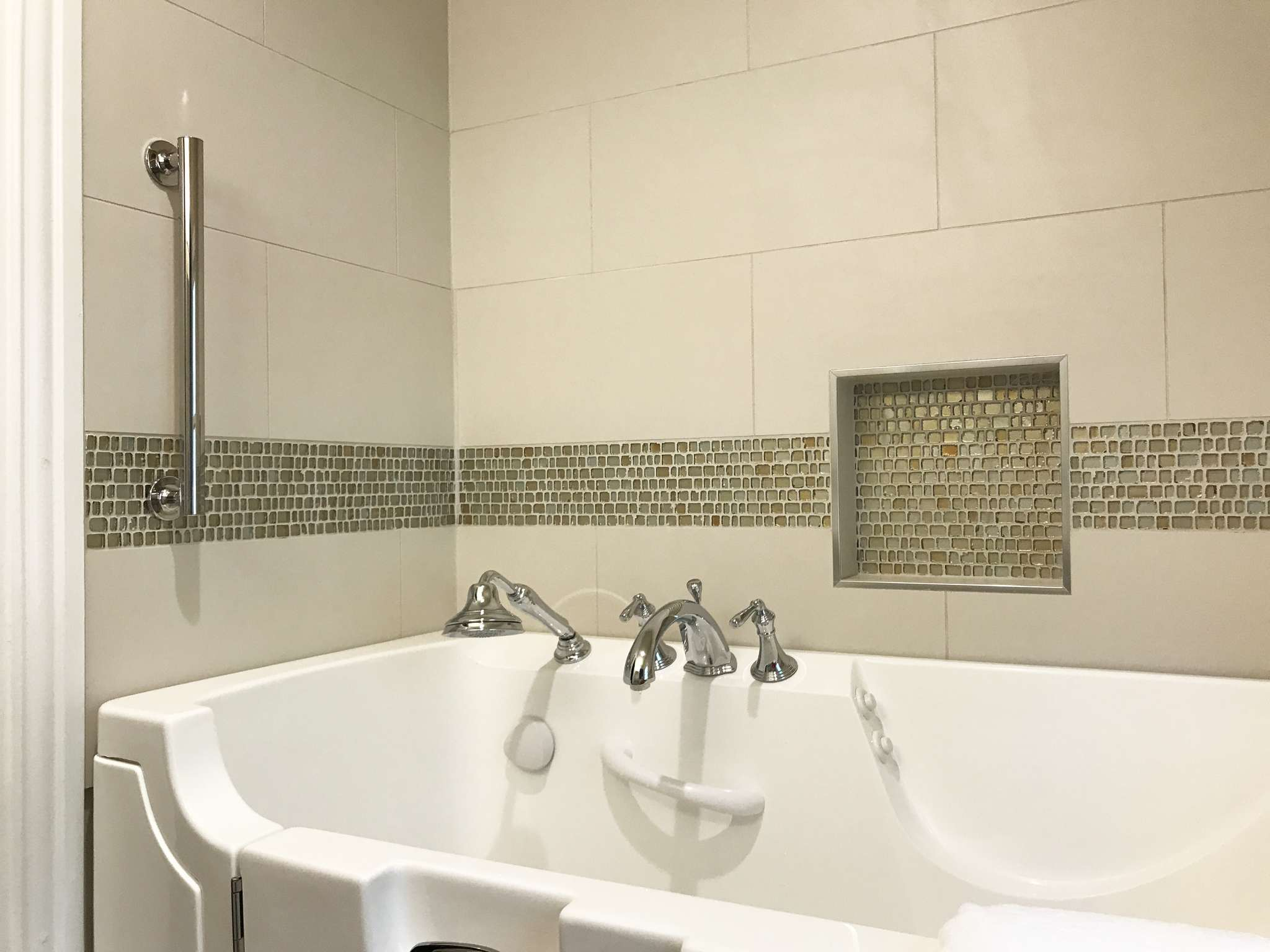Bathroom Remodel With Walk In Tub Dallas 75219 09