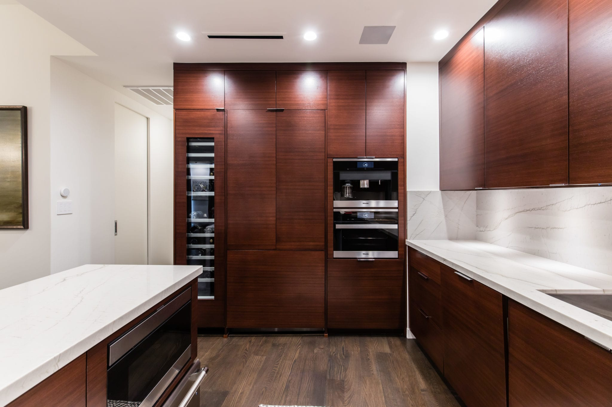 kitchen-2-story-high-rise-condo-remodel-the-travis-katy